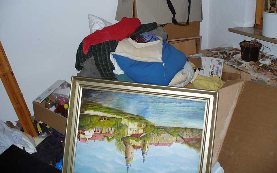 Gemälde und anderer Hausrat bei Entrümpelung in München